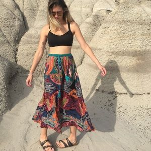 Angie maxi skirt size small